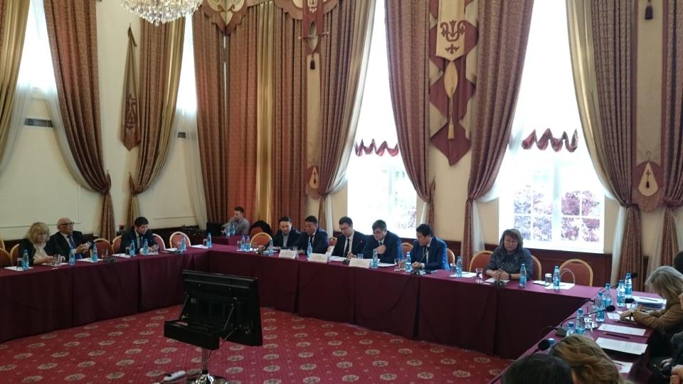 Картинки по запросу О проводимых реформах по поддержке и развитии предпринимательства в КР 3 мая