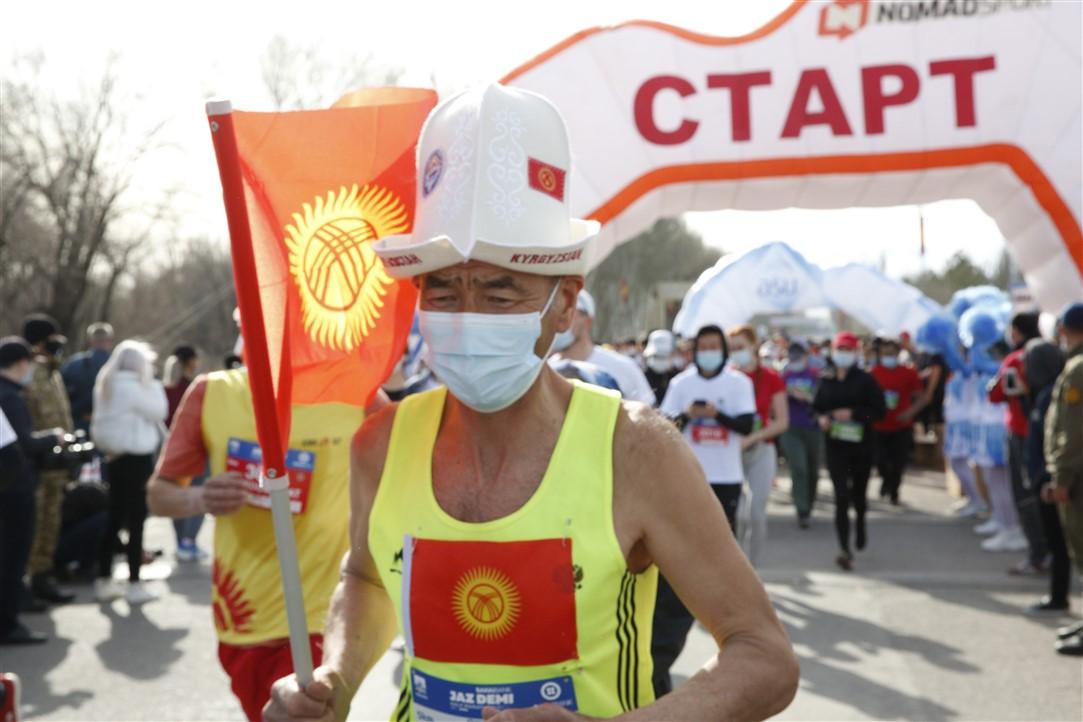 В Бишкеке прошел весенний марафон Jaz Demi 2021